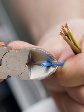 Sistemas auxiliares a las infraestructuras eléctricas
