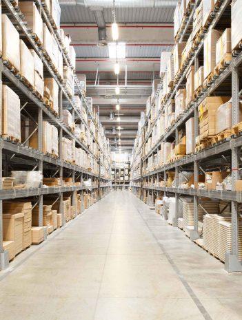 Sistemas y procesos logísticos