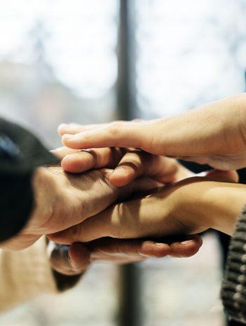 Apoyo psicosocial, atención relacional y comunicativa
