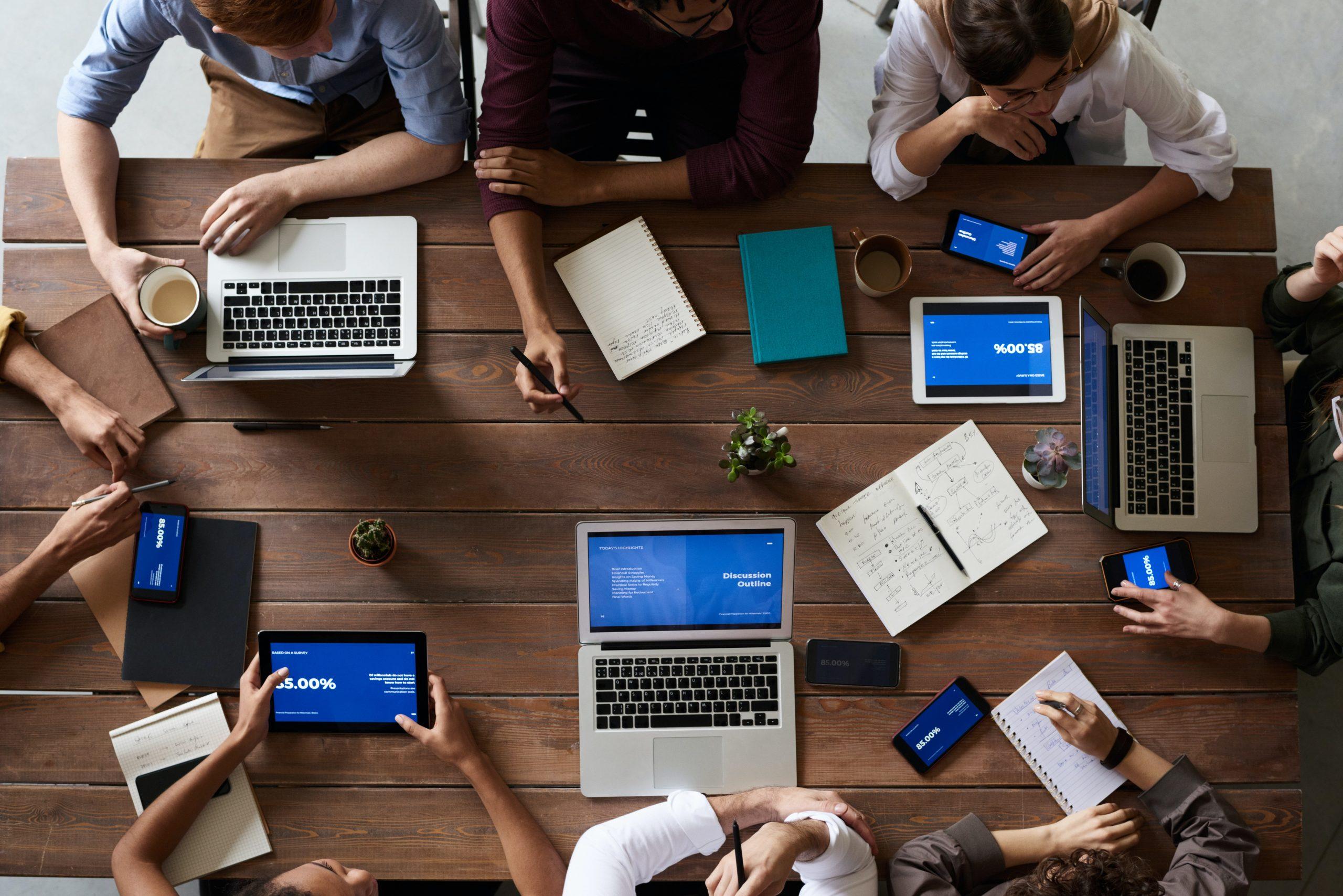 Cursos gratis online del sector Servicios a las Empresas